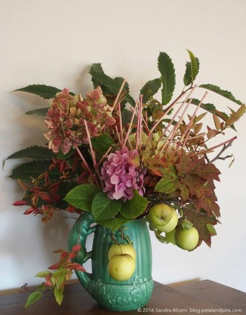 autumn 2016 flower arrangement from my garden
