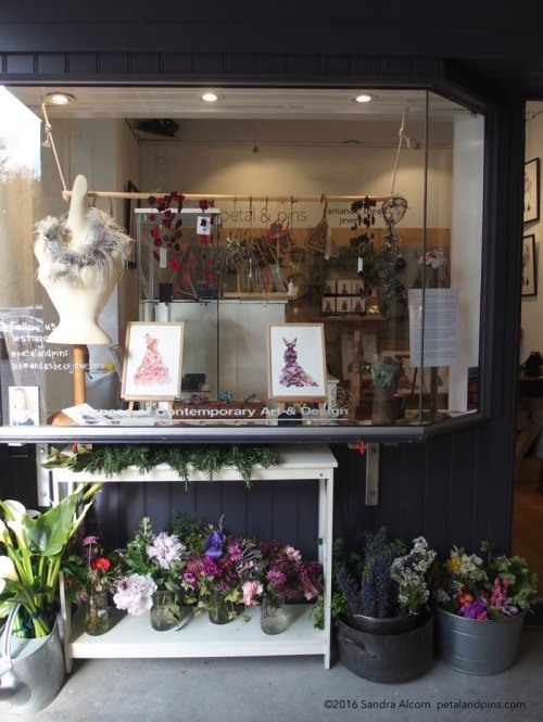 petal & pins + amanda sheen jewellery pop up shop at Salamanca Arts Centre