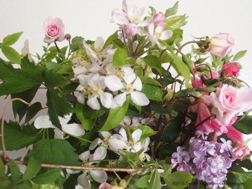 vase flower detail